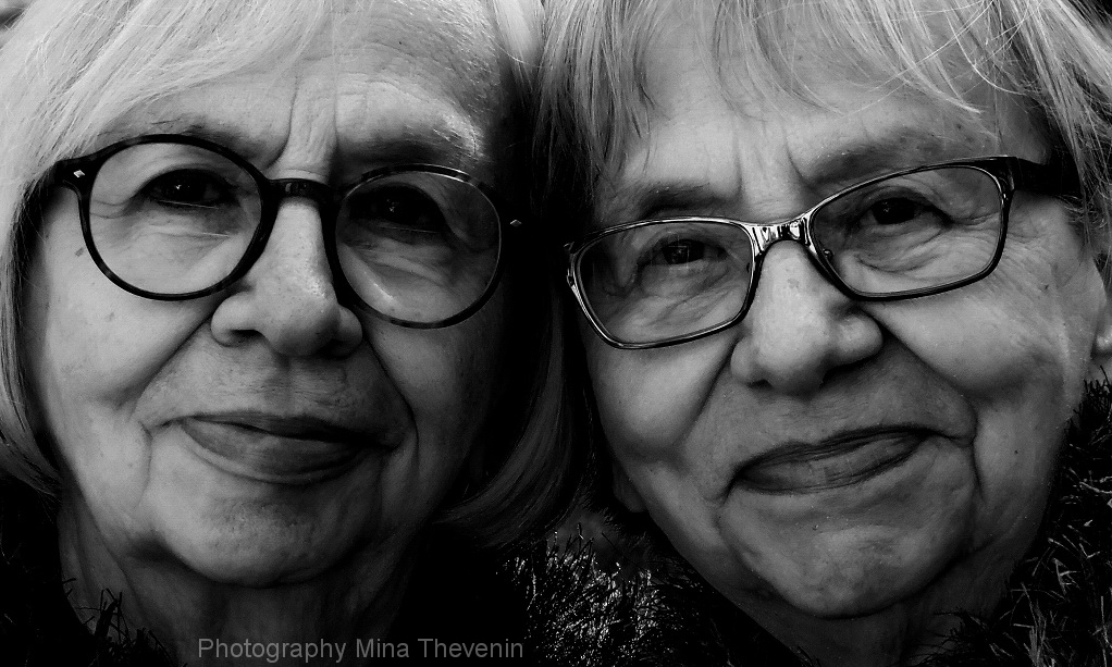 © TWINS- Age 81. Photograph by Mina Thevenin. 2015