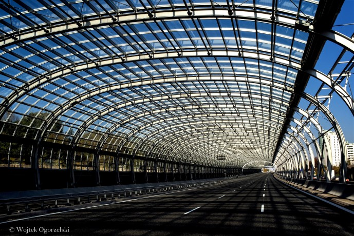 Organic Highway with Glass (w)social media