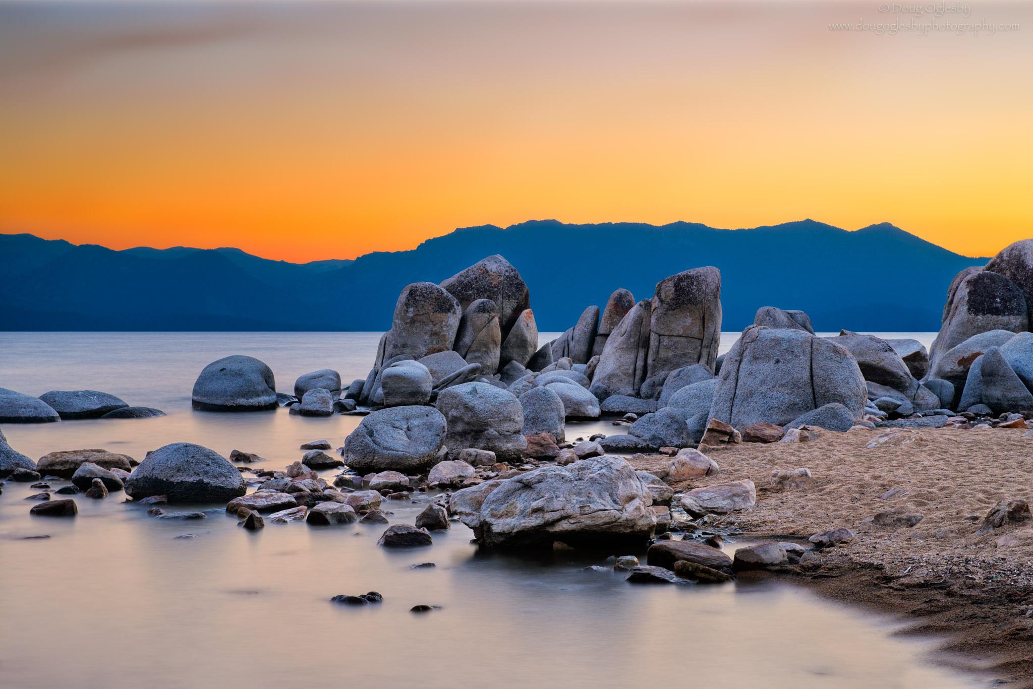 © Zephyr Cove, Lake Tahoe. Photograph by Doug Oglesby. photo@dougoglesby.com. A PHOTOGRAPHY WORLD Article, Beautiful Lake Tahoe @ photographyworld.org