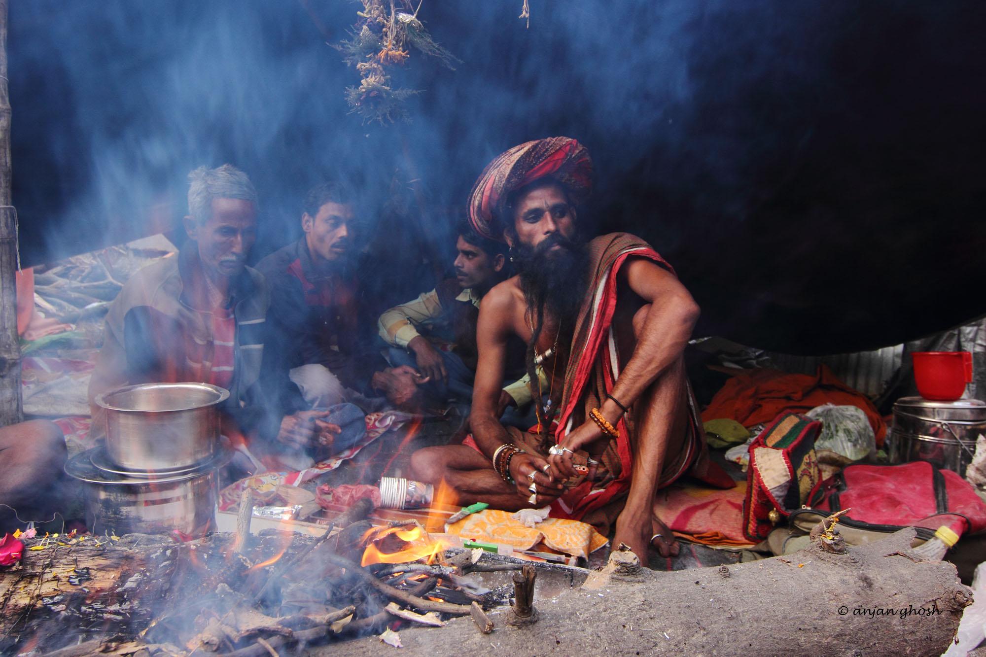 © Pilgrims to Gangasagar. Photograph by Anjan Ghosh for https://photographyworld.org/pilgrims-to-gangasagar/